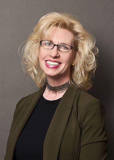 Rochelle Birmann : Senior Loan Officer