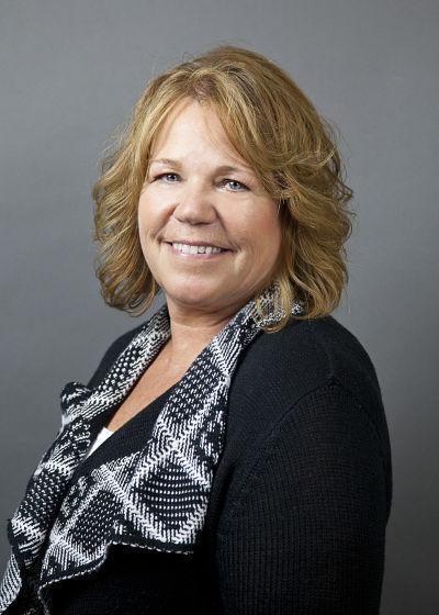 Mindy Tessmar : Loan Officer