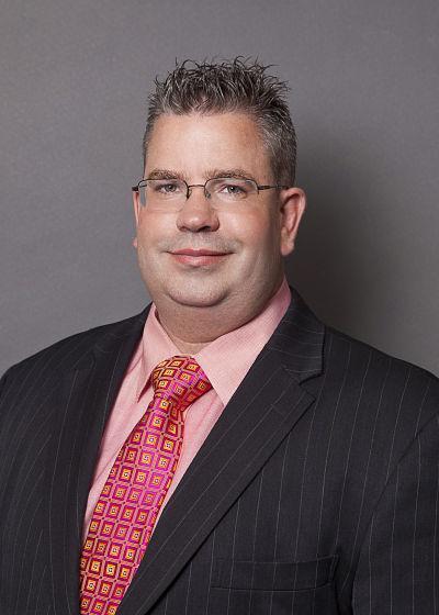 Michael Blue : Internal Originations Specialist